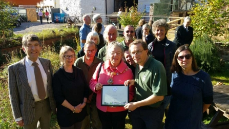 Cricklepit Garden Group awarded prize